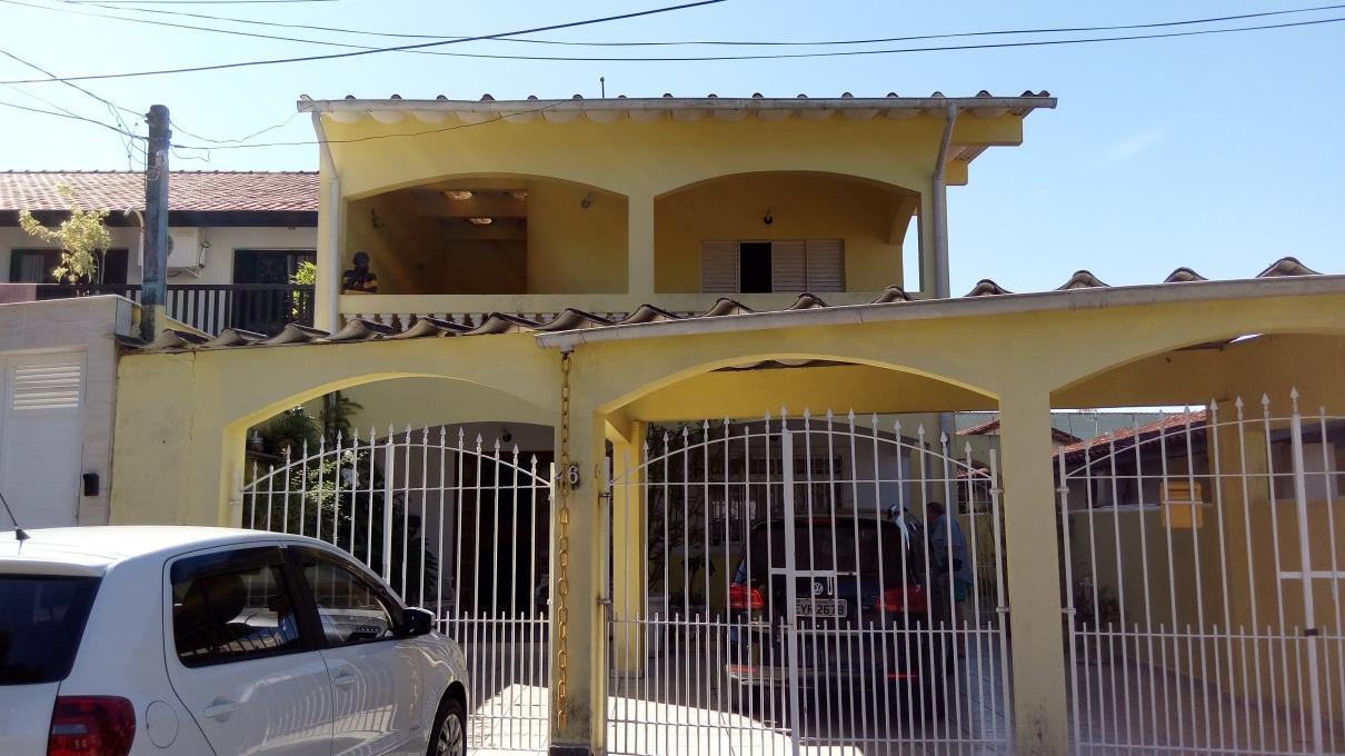 CASA-CENTRO-PERUIBE - SP